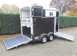 Ifor Williams HB511 paardentrailer, zwart. 2013